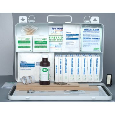 Prince Edward Island Regulation First Aid Kits- FIRST AID KIT: NO. 3, 20+ EMPLOYEES - Container Type: 24-unit Plastic